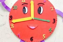 幼儿园手工作业——可以活动的时钟